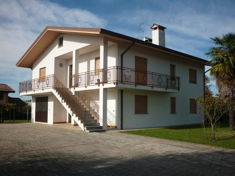 Casa indipendente Corno di Rosazzo: esterno